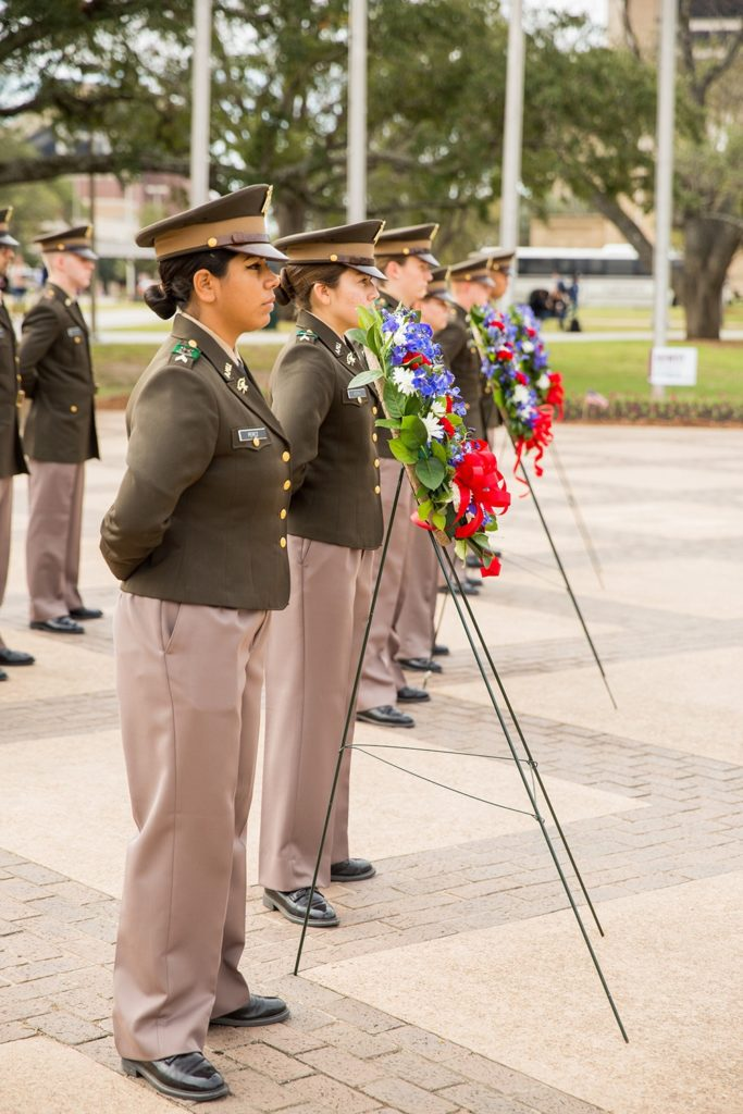 Members of the Texas A&M Corps of Cadets take part in a wreath ceremony on Veterans Day 2017. (Corps of Cadets)